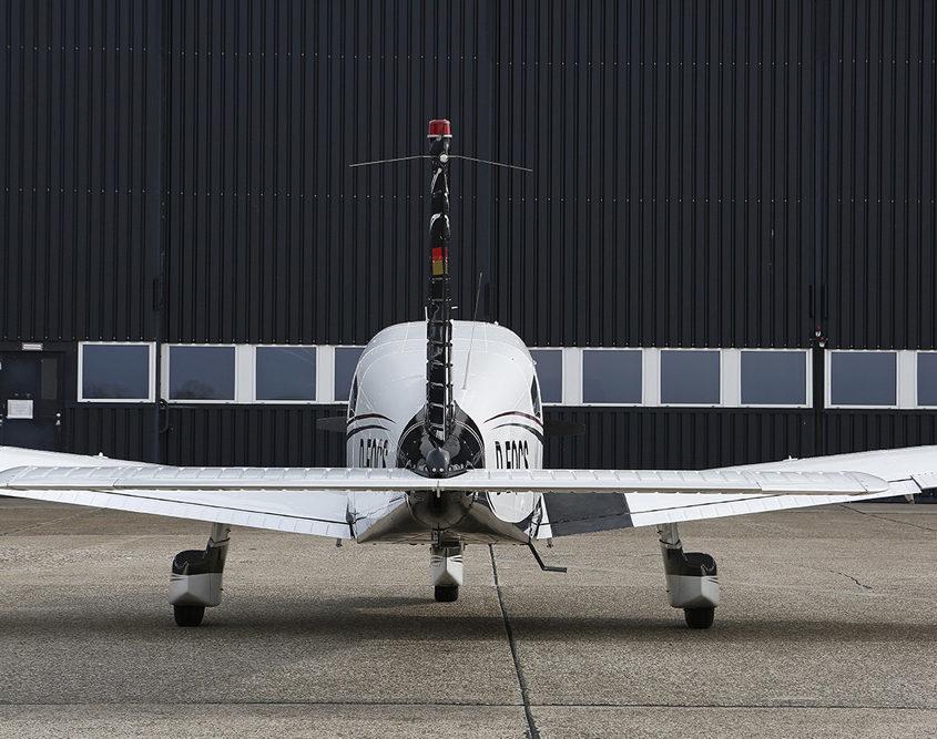 Piper PA-28 von außen